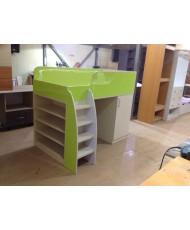 кровать со шкафами и столом